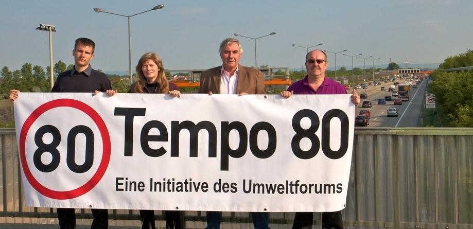 Demonstration Tempo 80 auf A2 « UFO – Umweltforum Wiener